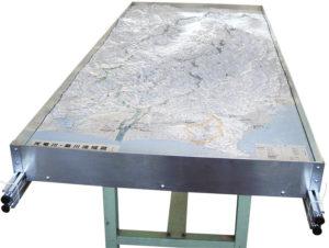 立体地図アルミフレーム台_LKWK